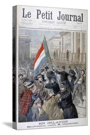 Demonstration Against Joseph Chamberlain, Ireland, 1899-Oswaldo Tofani-Stretched Canvas Print