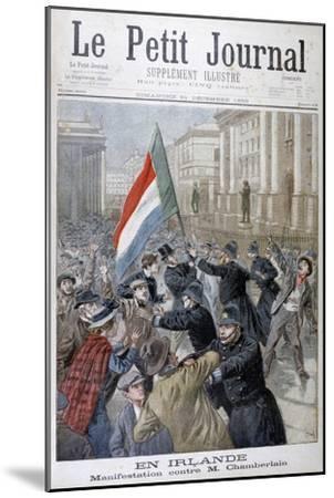 Demonstration Against Joseph Chamberlain, Ireland, 1899-Oswaldo Tofani-Mounted Giclee Print