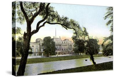 Buckingham Palace, London, 20th Century--Stretched Canvas Print