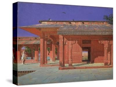 Courtyard of the Harem in the Fatehpur Sikri Imperial Palace, 1874-1876-Vasili Vasilyevich Vereshchagin-Stretched Canvas Print