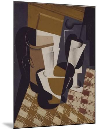 Wine Jug and Glass, 1916-Juan Gris-Mounted Giclee Print