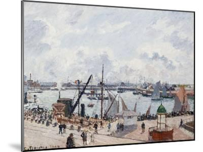 The Outer Harbour of Le Havre, Morning Sun-Camille Pissarro-Mounted Giclee Print