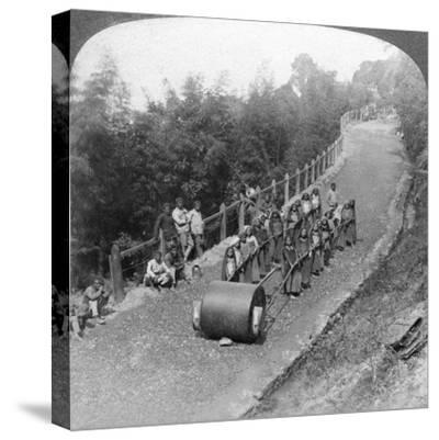 A Woman Work Team on the Darjeeling Highway, India, 1903-Underwood & Underwood-Stretched Canvas Print