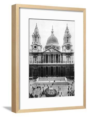 St Paul's Cathedral, London, Early 20th Century--Framed Giclee Print