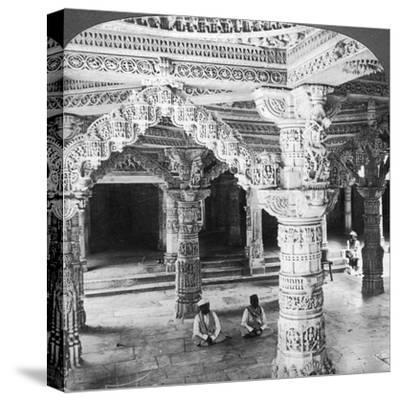 Interior of the Temple of Vimala Sah, Mount Abu, India, 1903-Underwood & Underwood-Stretched Canvas Print