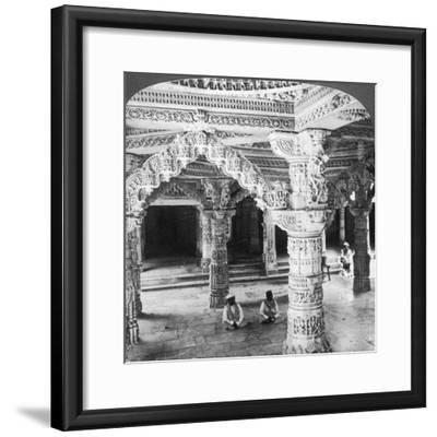 Interior of the Temple of Vimala Sah, Mount Abu, India, 1903-Underwood & Underwood-Framed Giclee Print