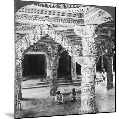 Interior of the Temple of Vimala Sah, Mount Abu, India, 1903-Underwood & Underwood-Mounted Giclee Print