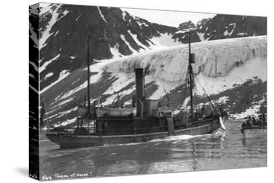 Whaling, Magdalene Bay, Spitzbergen, Norway, 1929--Stretched Canvas Print
