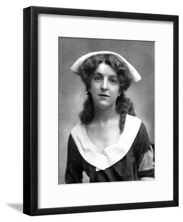 Molly Mcintyre (1886-195), Scottish Actress, 1905-W&d Downey-Framed Giclee Print