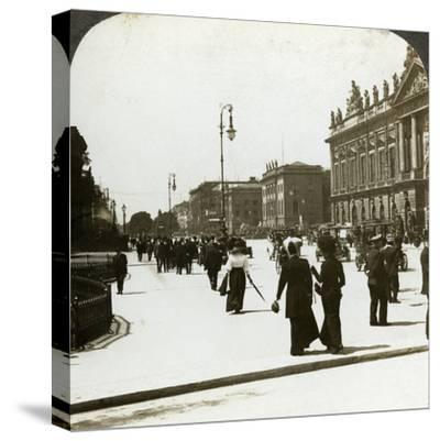 Unter Den Linden, Berlin, Germany-Underwood & Underwood-Stretched Canvas Print
