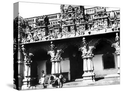 Temple, Singapore, 1900--Stretched Canvas Print