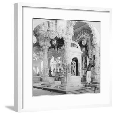 Interior of the Temple of Babulnath, Bombay, India, 1901-BW Kilburn-Framed Giclee Print