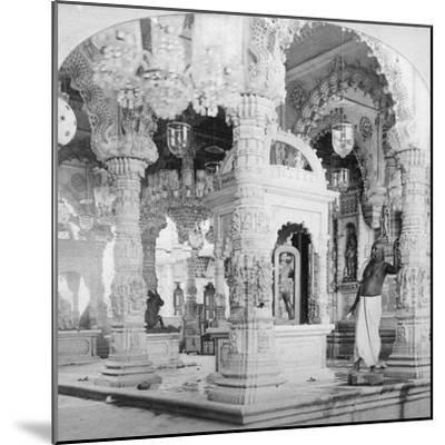 Interior of the Temple of Babulnath, Bombay, India, 1901-BW Kilburn-Mounted Giclee Print