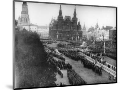 Service in Red Square to Celebrate the Centenary of the War in 1812, Moscow, Russia, 1912-K von Hahn-Mounted Giclee Print