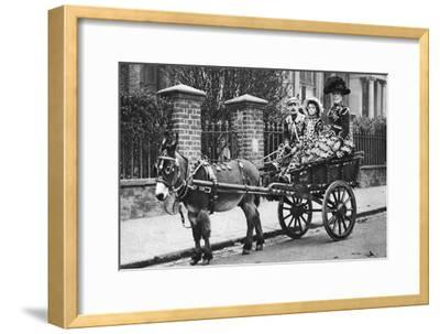 Pearly Family in their Donkey-Drawn Moke, London, 1926-1927-McLeish-Framed Giclee Print