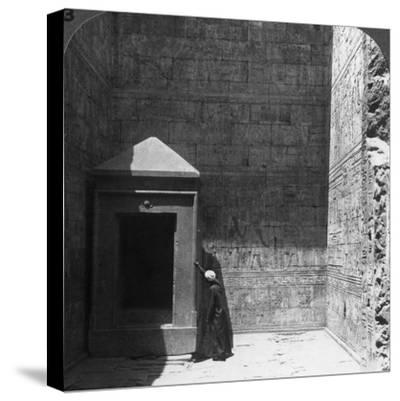 The Holy of Holies and Shrine for the Divine Image, Temple of Edfu, Egypt, 1905-Underwood & Underwood-Stretched Canvas Print