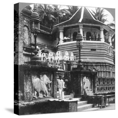 Dalada Maligawa, Palace of Buddha's Tooth, Kandy, Sri Lanka, 1902-Underwood & Underwood-Stretched Canvas Print