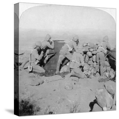 Troops Defending New Zealand Hill, Slingersfontein, South Africa, 25th January 1900-Underwood & Underwood-Stretched Canvas Print