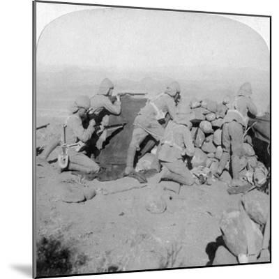 Troops Defending New Zealand Hill, Slingersfontein, South Africa, 25th January 1900-Underwood & Underwood-Mounted Giclee Print
