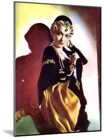 Constance Bennett, American Actress, 1934-1935--Mounted Giclee Print