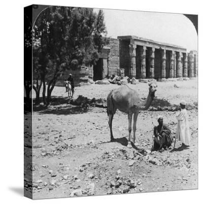 Looking North to the Temple of Sethos I, Thebes, Egypt, 1905-Underwood & Underwood-Stretched Canvas Print