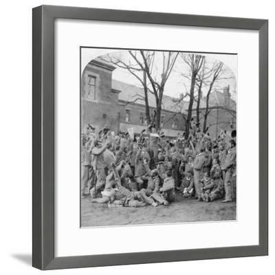 Convalescent Soldiers, General Hospital No 10, Bloemfontein, South Africa, Boer War, 1901-Underwood & Underwood-Framed Giclee Print