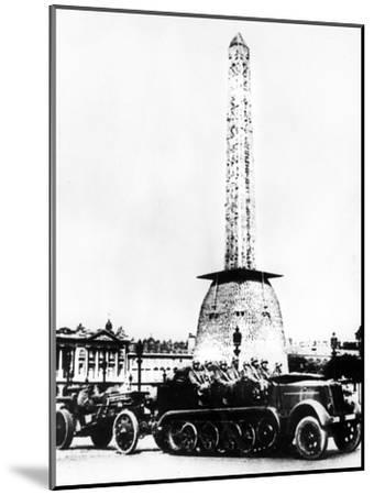 German Artillery Driving Through the Place De La Concorde, Paris, 1940--Mounted Giclee Print