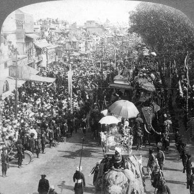 The Duke and Duchess of Connaught and in the Great Durbar Procession, Delhi, India, 1903-Underwood & Underwood-Framed Giclee Print