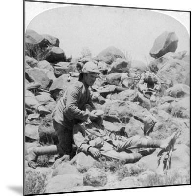The Last Drop, Battlefield Scene, Dordrecht, South Africa, Boer War, 30 December, 1900-Underwood & Underwood-Mounted Giclee Print