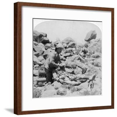 The Last Drop, Battlefield Scene, Dordrecht, South Africa, Boer War, 30 December, 1900-Underwood & Underwood-Framed Giclee Print