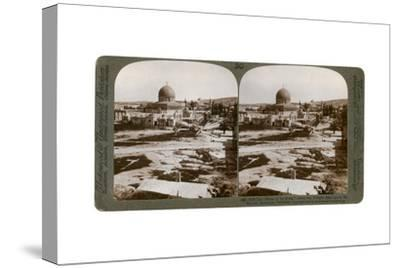 The Dome of the Rock, Where the Temple Alter Stood, Mount Moriah, Jerusalem, Palestine, 1900-Underwood & Underwood-Stretched Canvas Print