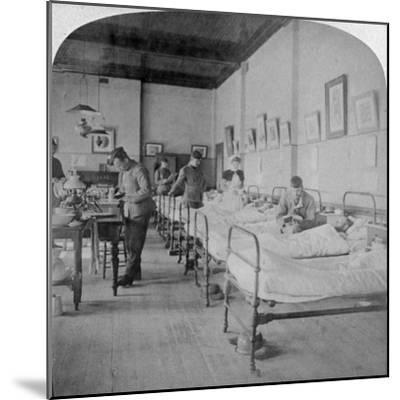Ward in General Hospital No 10, Formerly Grey's College, Bloemfontein, South Africa, 1901-Underwood & Underwood-Mounted Giclee Print