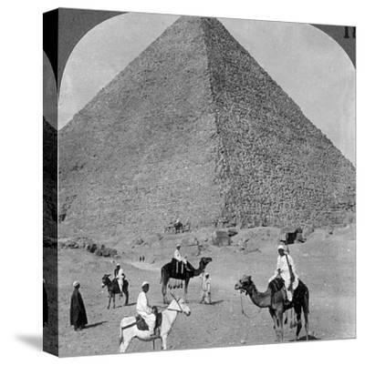 King Khufu's Tomb, the Great Phyramid of Giza, Egypt, 1905-Underwood & Underwood-Stretched Canvas Print