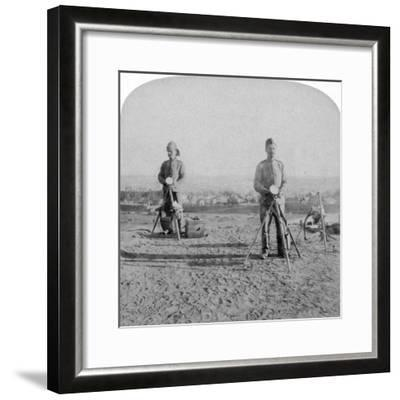 British Heliographing from the Johannesburg Fort the News of the Occupation, Boer War, 1900-Underwood & Underwood-Framed Giclee Print