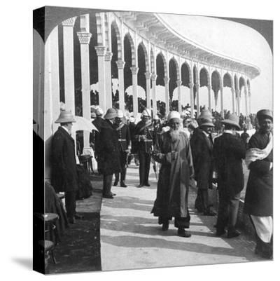 Gathering at the Great Durbar Amphitheatre, Delhi, India, 1903-Underwood & Underwood-Stretched Canvas Print