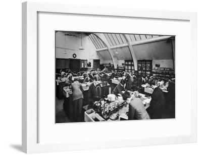 A Laboratory in a London Polytechnic, 1926-1927--Framed Giclee Print