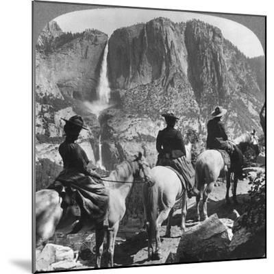 Yosemite Falls, from Glacier Point Trail, Yosemite Valley, California, USA, 1901-Underwood & Underwood-Mounted Giclee Print