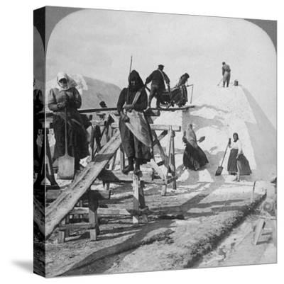 Stacking Salt in the Great Salt Fields of Solinen, Black Sea, Russia, 1898-Underwood & Underwood-Stretched Canvas Print