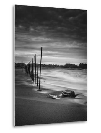 Surreal Beach, Fort Bragg Mendocino-Vincent James-Metal Print