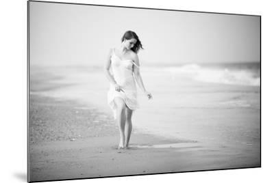 A Walk on the Beach- Jae-Mounted Photographic Print