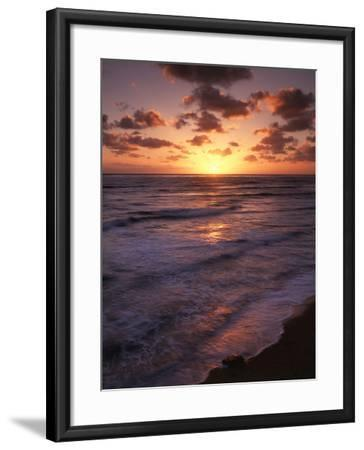 California, San Diego, Sunset Cliffs, Waves Crashing on a Beach-Christopher Talbot Frank-Framed Photographic Print