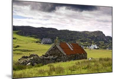 Isle of Colonsay, Scotland; Stone Farmhouse and Surrounding Field-Design Pics Inc-Mounted Photographic Print