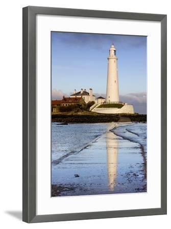 Lighthouse; Whitley Bay, Northumberland, England-Design Pics Inc-Framed Photographic Print