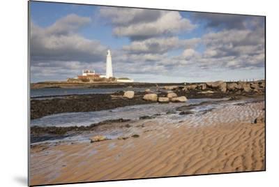 Lighthouse, Northumberland, England-Design Pics Inc-Mounted Photographic Print