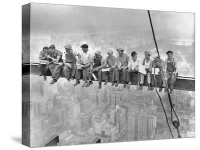 New York Construction Workers Lunching on a Crossbeam--Stretched Canvas Print