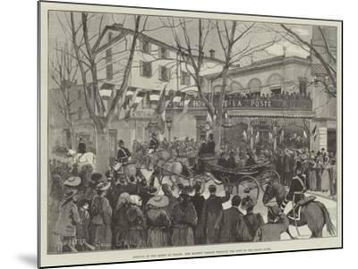 Arrival of the Queen at Grasse, Her Majesty Passing Through the Town to the Grand Hotel-Amedee Forestier-Mounted Giclee Print