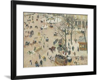 La Place Du Théâtre Français, 1898-Camille Pissarro-Framed Giclee Print