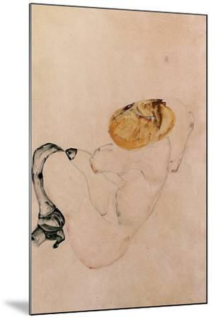 Scared, Crouching Young Girl, 1912-Egon Schiele-Mounted Giclee Print