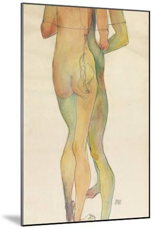 Zwei Stehende Akte, 1913-Egon Schiele-Mounted Giclee Print