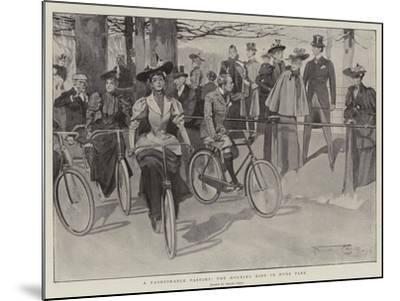 A Fashionable Pastime, the Morning Ride in Hyde Park-Frank Craig-Mounted Giclee Print